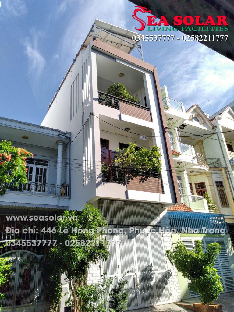 Toàn cảnh công trình điện mặt trời hộ gia đình 5KW tại Nguyễn Lộ Trạch, Vĩnh Nguyên, Nha Trang